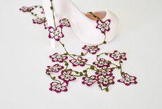 Ganchillo Flor collar Borgoña Oya Vintage Crochet envoltura