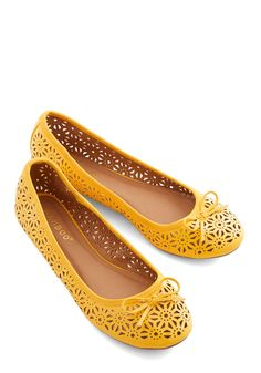 Hello Dearest Flat. Greeting the sun with a bright smile, you continue to grin at the sight of these vibrant goldenrod ballet flats in your wardrobe. #yellow #modcloth