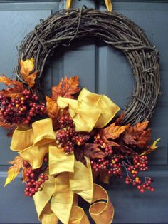 Fall Wreath, Autumn Wreath, Front Door Wreath, Maple Leaf Wreath, Berry Wreath