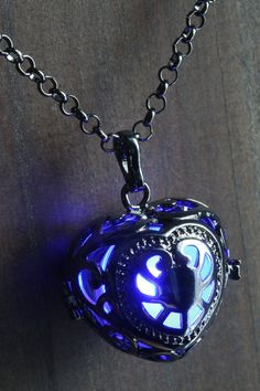 Locket Blue Glowing Pendant Necklace heart Locket Gun Metal Black, Romantic Gift for Her by CameoAndJuliet Heart Locket, Heart Pendant Necklace, Cute Jewelry, Jewelry Accessories, Romantic Gifts For Her, Magical Jewelry, Applis Photo, Accesorios Casual, Fantasy Jewelry