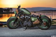 [Video] Harley Davidson Sportster Iron 883 :: Green wheels and headlight, leather fuel cap, tank protector (made from a belt), copper wrapped pipes, new Firestone tires, custom hole pattern belt guard, new leather seat