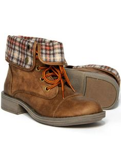 Roxy Crosby Boot