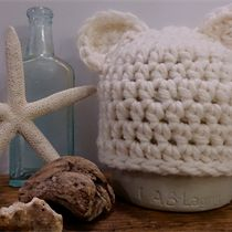 'Little Bitty Bear Cub' Beanie~Vanilla Milkshake Marsh Marigold, Vanilla Milkshake, Bear Cubs, Merino Wool Blanket, Beanie, Homemade, Crafts, Things To Sell, Cubs