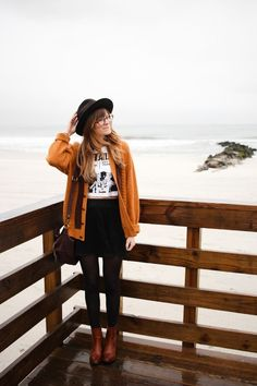 fall outfit inspiration // autumn clothes // mustard sweater // hat and glasses