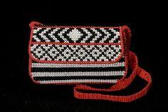 Plastic canvas purse pattern by HandmadeByYouStore on Etsy