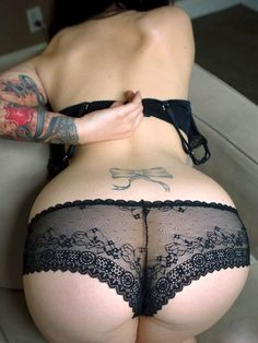 Full back panties have never looked so good