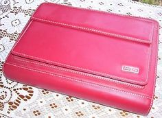 Old school way to organize your life - cherry red Franklin Covey Day One planner/organizer/clutch/purse