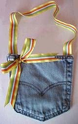 How to make Recycled Jean Pocket Purse - DIY Craft Project with instructions from Craftbits.com