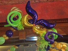 Mardi gras balloon mask