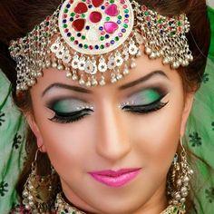 afghani make up