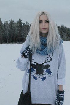 vortexclothing:  Alexandra LonnbackforVORTEX CLOTHING Photo by