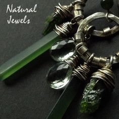 Robust Earrings Green Mix