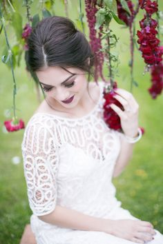 Get lots of gorgeous ideas for your own big day, with this beautiful wedding inspiration shoot all the way from New Zealand, by Amy Caroline Photography. Bridal Hairdo, Bridal Hair And Makeup, Bridal Beauty, Wedding Makeup, Bridal Musings, Wedding Blog, Wedding Styles, Wedding Ideas, Luxury Wedding