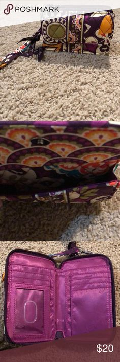 New Vara Bradley Wallet/ purse Very cute and is handy wallet/ purse Bags Wallets