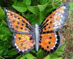 Bandeja de Entrada Mensaje Mosaic Tray, Mosaic Wall Art, Tile Art, Mosaic Glass, Glass Art, Butterfly Mosaic, Mosaic Birds, Glass Butterfly, Mosaic Rocks
