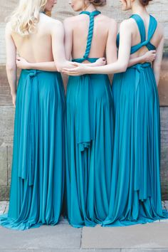 twobirds Bridesmaid dresses | Bridesmaid Inspiration - twobirds Bridesmaid | Multiway, convertible, wrap dresses | Image by Claire Graham