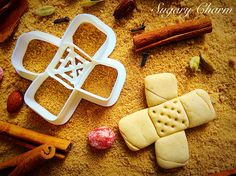 X marks the spot with our bandage cookie cutter! From our Doctor cutter collection, our imprint cookie cutters bakes up delicious cookies that look like a real bandage – perfect for saying Get Well so