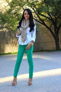 green skinny jeans and white blazer