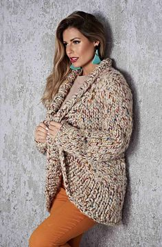 Casual Sweaters, Sweaters For Women, Cardigan Gris, Brown Cardigan, Tricot D'art, Shrug For Dresses, Quick Knits, Crochet Cardigan Pattern, Mohair Sweater