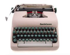 Smith Corona sterling, 1955, working typewriter, beige/grey typewriter, portable typewriter, vintage typewriter, made in usa, qwerty.
