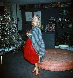 Minnie knew how to seduce a room at the office Christmas party Ghost Of Christmas Past, Old Christmas, Old Fashioned Christmas, Merry Little Christmas, Retro Christmas, Christmas And New Year, Christmas Trees, Classy Christmas, Office Christmas