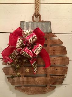 Wood Profit - Woodworking - 15 Christmas Inspired Holiday Woodworking Projects for beginner to advanced carpenters. Home decor and gift ideas galore! Discover How You Can Start A Woodworking Business From Home Easily in 7 Days With NO Capital Needed! Farmhouse Christmas Decor, Primitive Christmas, Christmas Bells, Outdoor Christmas, Rustic Christmas, Christmas Holidays, Christmas Wreaths, Christmas Ornaments, Christmas Design