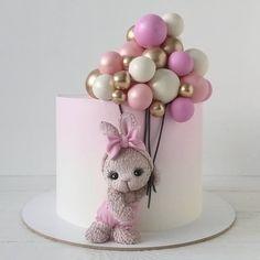casein mug cake Baby Girl Birthday Cake, Cute Birthday Cakes, Baby Girl Cakes, Beautiful Birthday Cakes, Rodjendanske Torte, Gateau Baby Shower, Luxury Cake, Rabbit Cake, Balloon Cake