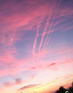 Pink chemtrails in the sky (not to be confused with jet contrails)
