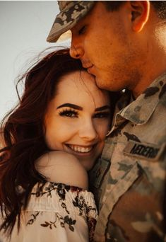 Wedding pictures poses military engagement photos Ideas for 2019 Military Family Pictures, Military Couples, Military Love, Military Photos, Military Deployment, Marine Girlfriend Pictures, Air Force Girlfriend, Marines Girlfriend, Wedding Couple Pictures
