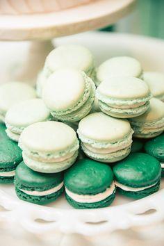 Mint macrons @ wedding chicks