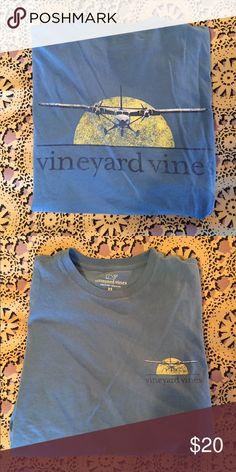 Men's Vineyard Vines short sleeve top Men's Vineyard Vines short sleeve top. 🚨NO TRADES🚨 Listed on Ⓜ️ercari. Tops