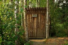 How to live Off Grid - a toilet with no plumbing