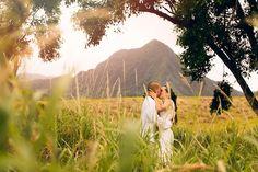 Ka'a'awa Valley Wedding { Oahu } - Modern Weddings Hawaii : Bridal Inspiration