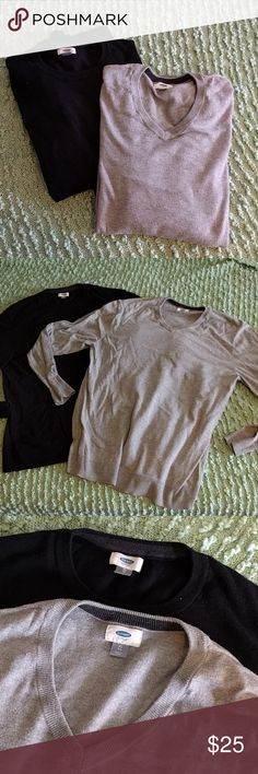 2 Old Navy Sweaters My dad's destash! Both in excellent condition, the black just send to pick up a little lint. Black crew, grey v neck Old Navy Sweaters V-Neck