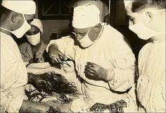 Operación de urgencia en el Hospital Naval de Pearl Harbor (1941)