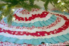 DIY Christmas Tree Skirt, no sew- just hot glue!