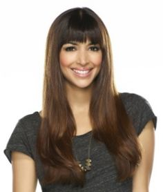 She and Zooey are the reason I got straight across bangs again. It looks so nice on her.