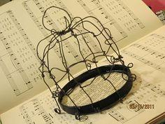 EMBELLISH: Handmare Wire Bird Cage/Cloche