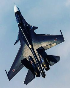 Sukhoi of Russian Navy painted with a beautiful black scheme Airplane Fighter, Fighter Aircraft, Sukhoi Su 30, Russian Fighter Jets, Russian Military Aircraft, Reactor, Bomber Plane, Russian Air Force, Air Fighter