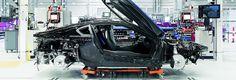 Modellbau: Die Montage des Hybrid-Supersportwagen BMW i8 in Leipzig