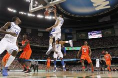 Mark Story: Anthony Davis at center of Kentucky's title drive