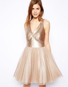Short dress tul
