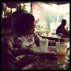 Mom.. @ BSD Plaza, TangSeL - Banten