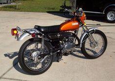 Yamaha AT2 125 Enduro - Right Side