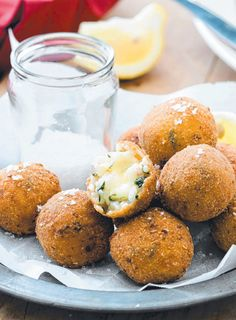 Prosciutto and spinach arancini - Authentic Italian food at its best! (click on the photo to get the recipe)