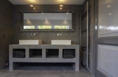 Beton cire badkamer meubel