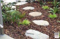 Schist Stone Alpine Stepper, Schist decoration, Schist Walling, Schist cladding, Premier Schist Stone Stone Supplier, Outdoor Decor