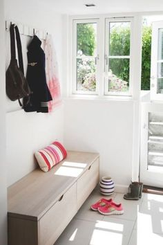 15 Chic And Eye-Catchy Modern Entryway Benches - Shelterness Entry Furniture, Bar Furniture, Modern Entryway, Entryway Decor, Entryway Ideas, Hallway Inspiration, Interior Inspiration, Bench With Drawers, Wooden Storage Bench