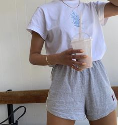 My Pins Dope outfits 159666749276398989 Mode Dope Mode inspo outfits Pins Lazy Outfits, Tumblr Outfits, Teenager Outfits, Cute Casual Outfits, Dope Outfits, Stylish Outfits, Outfits Spring, Green Outfits, Amazing Outfits