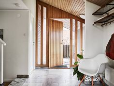 En fantastisk entréhall Garden Lodge, Round Hill, Interior Inspiration, Interior Ideas, Entrance Hall, House Tours, Interior Architecture, Bungalow, Sweet Home